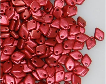 DRAGON SCALE Beads, 5mm x 1.5mm, Lava Red, 01890, sold in units of approx 10gms.