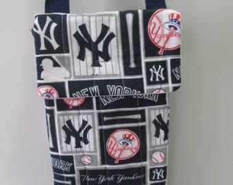 Yankee fabric crossbody bag