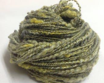 Hand spun art yarn Chunky yarn Merino wool yarn  Weaving yarn Felting yarn 2.45oz (67g)