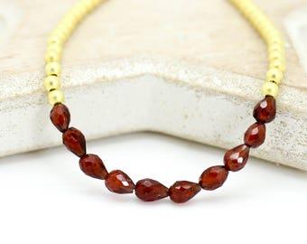 Garnet bracelet, Gold bead garnet bracelet, Valentines gift, garnet bead bracelet, January birthstone bracelet, Garnet Stacking Bracelet