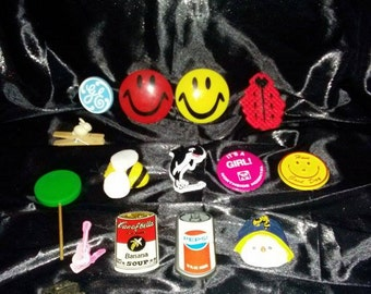 Lot of 15 Vintage Refrigerator Magnets / Fridge Magnets / G&E / Happy Face / Pepsi / Campbells / Free Willy / Bee / Its a Girl / Snowman