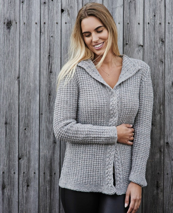 Women\'s waffle knit cardigan PDF knitting pattern /Cable