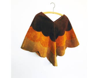 Vintage 1970s Scalloped Suede Cape
