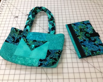 Quilted Tote and E-Reader Case
