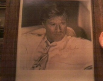 Signed Photo Of Robert Redford 8X10 In Frame