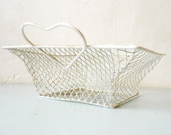 French Vintage White Wire Heart Basket - Shabby Chic