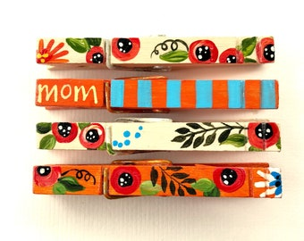 MOM CLOTHESPINS floral clothespins hand painted magnets Mother's day blue and orange flowers chip clips