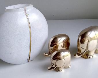 Bertil Vallien Kosta Boda Sweden Scandinavian Art Glass Rainbow Moon Vase