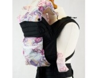 Palm and Pond Mei Tai Baby Carrier with Hood and Pocket - Purple Paisley