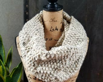 Seed Stitch Wool-Blend Cowl Scarf in Oatmeal Tweed