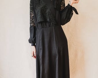 """silk faille and lace 1920s 1930s dress with bishop sleeves 36"""" waist XL"""