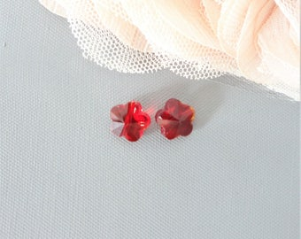 red glass, red glass bead, 10 mm flower beads