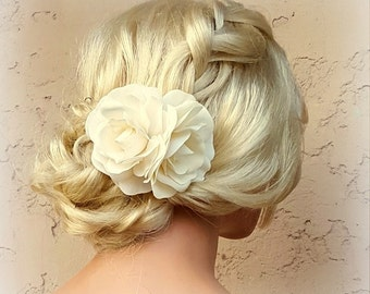 Wedding Headpiece,  Fascinator, Gardenia Flower Hair Comb, Bridal Hair Clip, Flower Fascinator, Floral Headpiece, Flower Headpiece, Weddings