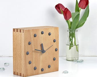 Table Clock Leila
