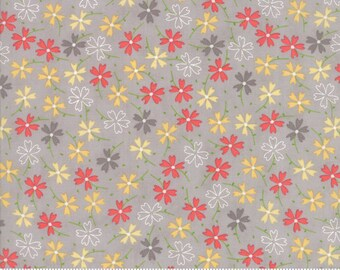 Lulu Lane - Pansies Grey by Corey Yoder for Moda, 1/2 yard, 29023 21