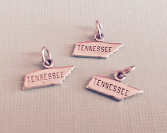 Tennessee State Charm Pendant with Loop, Antique Silver, Great for Charm Bracelets, Necklaces, Earrings