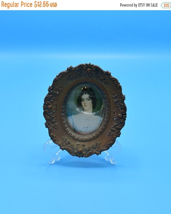 Delayed Shipping Miss Conyngham By Sir Thomas Lawrence Framed Picture Vintage A Cameo Collection Gold Oval Framed Woman Bubble Glass