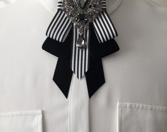 Art Deco Black and White Bow Tie / Choker / Necklace / Scarf / Neckwear / Fashion Accessory
