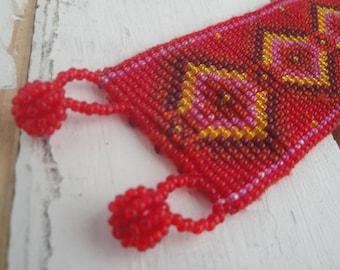 Vintage Red Seed Bead Bracelet