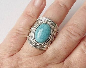 Silver Tone & Turquoise Ring Large Chunky Ornate Embossed Zuni Mexican Native American Tribal Style Statement Rings
