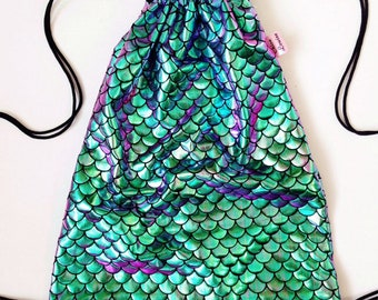 Two tone green purple holographic mermaid scale drawstring backpack 29 x 38 cm