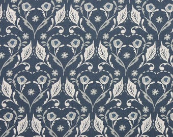 SALE - Arts & Crafts 'Leaf Pattern' by Fabric Freedom Fat Quarter