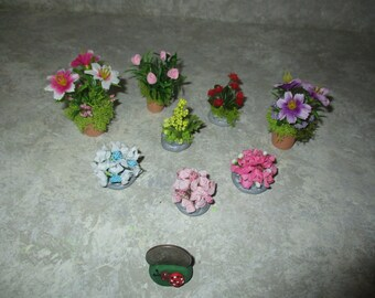 Lot of 8 Miniature doll/dollhouse Outdoor Landscaping Plants