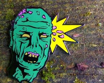 Kopfschuss Zombie Emaille Pin