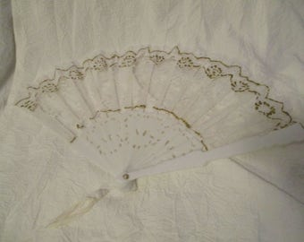 Vintage unmarked White plastic and lace hand fan