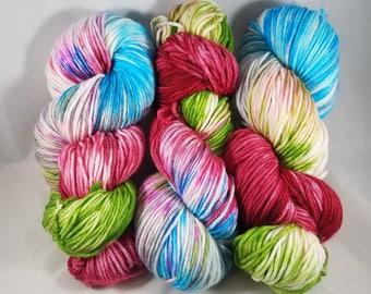 Raptor Plushie Colorway - Hand-dyed WORSTED Superwash Merino wool/Nylon Yarn - World of Warcraft Inspired