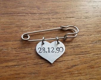 Customised Personalised Anniversary/Birthday Date~ Heart Kilt Safety Pin Brooch Badge~ Rustic Silver Handmade Stamped Jewellery Jewelry Gift