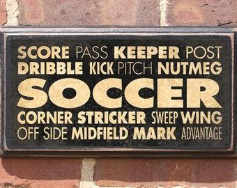 Soccer Wall Art Sign Plaque Gift Present Home Decor Vintage Style Dribble Keeper Sweep Striker Midfield Goal Corner Kick United Atnique