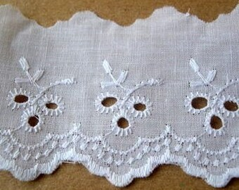Vintage eyelet lace, cotton trim lace, 2 yards, 2.5inch width, white cotton, cut of the original pack