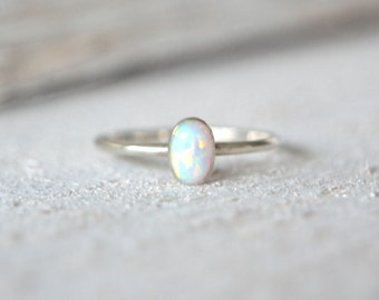 Oval Opal Ring- Opal Oval Ring, Stacking Ring, Stackable Ring, Dainty Oval Ring, Oval Ring, Opal Gemstone Ring, Opal Ring