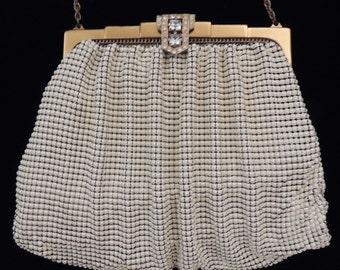 Vintage Whiting and Davis Enamel Mesh Bag / White Enamel Mesh Purse / Metal Mesh Handbag / Mesh Evening Bag / Enamel Mesh Purse