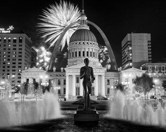 St Louis Print, St Louis Photo, St Louis Fireworks, St Louis Fourth of July Fireworks, St Louis Art Print, St Louis Arch