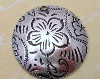 Dancing Flower Charms, 2 Pieces, Antique Silver AS72