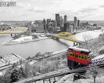 The Steel City (Skyline, Pittsburgh, black and white, yellow, selective color)
