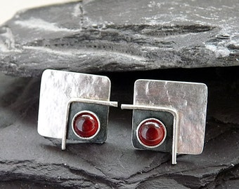 Sterling silver square post earrings with garnet. Stud earrings. Silver studs. Silver post. Silver jewellery. Handmade. MADE TO ORDER.