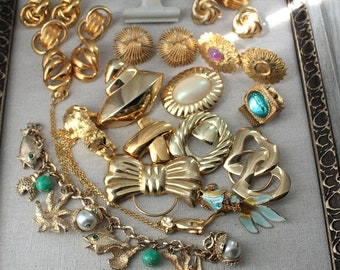 Vintage Jewelry Destash Lot AVON Monet Napier