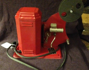 Vintage Jolly Theatre 16MM toy movie Projector