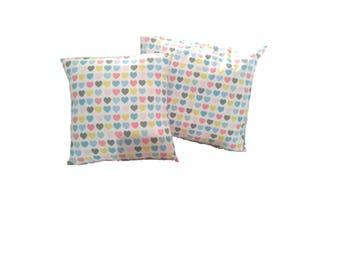 Multicolour hearts cushion set