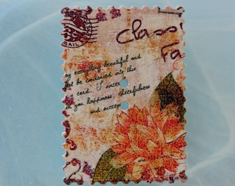 button rectangle wood flowers and writing