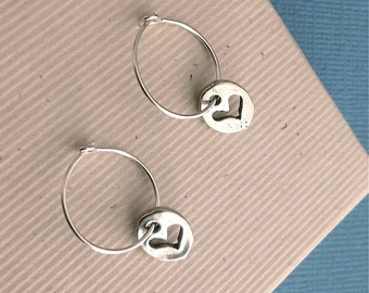 Tiny heart silver disc earrings, sterling silver hoop earring, heart charm, silver heart jewelry, minimalist everyday jewelry E177H