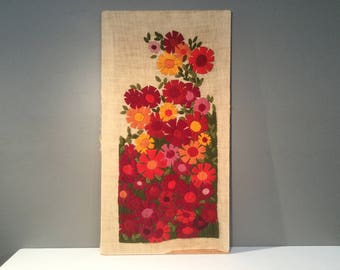 Crewel Wall Hanging on Linen - Vintage Needlework Wall Art - Flowers - 1970s Wall Hanging - BoHo - Embroidery - Spring Decor - Flower Garden