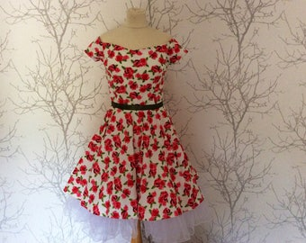 Made to order: women's dress, large choice of fabrics