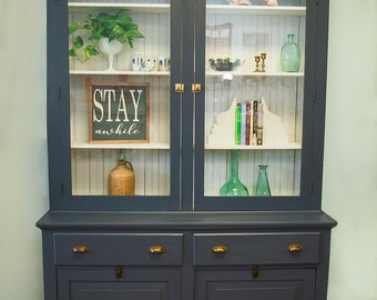 Built-in cabinet - turn of the century