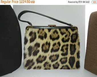 ON SALE Attractive High End 1960's Vintage Leopard Faux Fur Handbag  * Retro Rockabilly Mid Century Purse * Old Hollywood Regency Glamour
