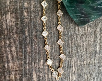 Helios Choker,Gold Crystal Necklace,Gold Choker,Dainty Gold Choker,Crystal Choker,Crystal Gold Necklace,Gold Jewelry,Dainty Gemstone Choker