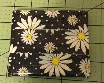 Daisy Bi-fold Wallet